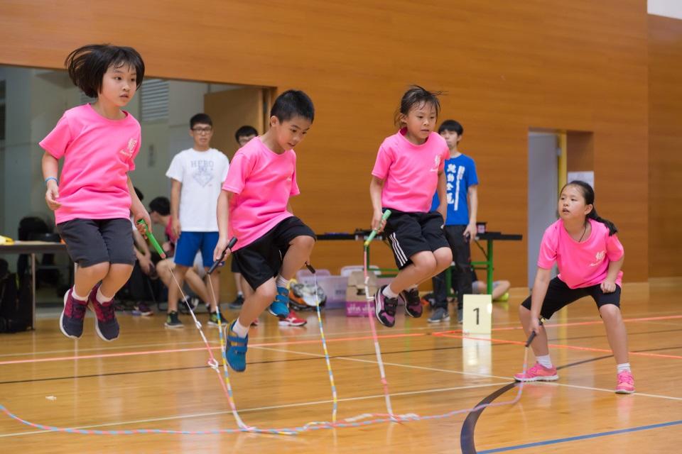 幼儿及儿童花式跳绳A(留名)